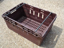 600x400x250 Bale Arm Crate Burgandy - Black Arms